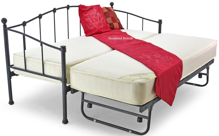 finest selection 2ab3c 99bed Small Single Black Metal Petal Day Bed With Guest Bed Trundle