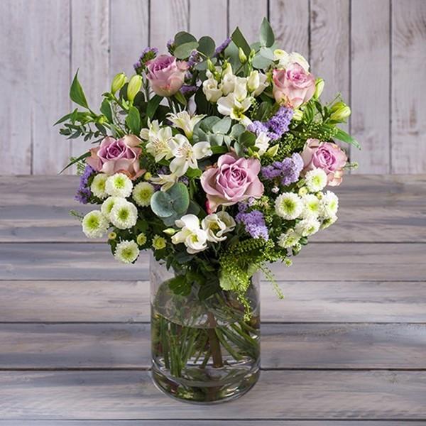 Vintage Rose Bouquet - Morrisons Flowerworld