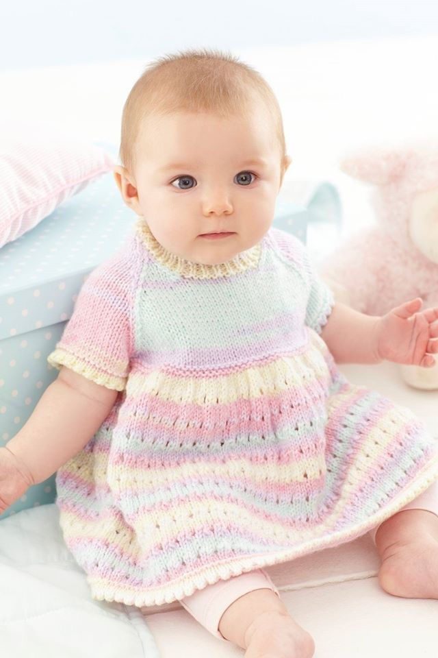 4 Ply 7138 Baby Knitting Pattern